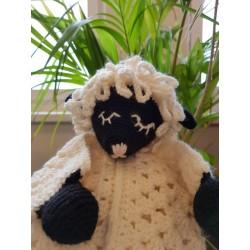 Schmuse-Schaf, gehäkelt